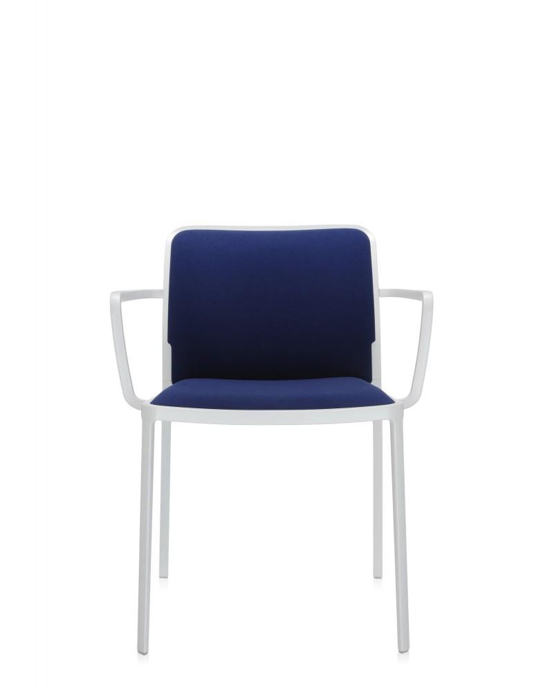 Стул Audrey Soft с подлокотниками (синий/белый) в ткани Trevira