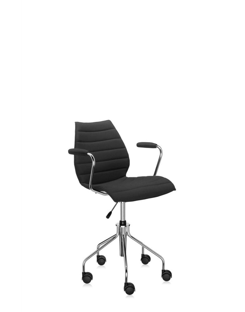 Кресло Maui Soft на колесах (черное) в ткани Trevira